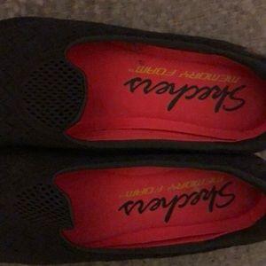 Skechers Shoes - Skechers memory foam Shoes